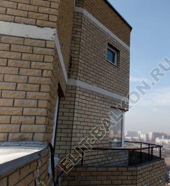 osteklenie balkona PVH s kryshej 31 1 387x291 - Фото остекления балкона № 47