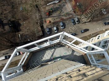 osteklenie balkona PVH s kryshej 37 387x291 - Фото остекления балкона № 47