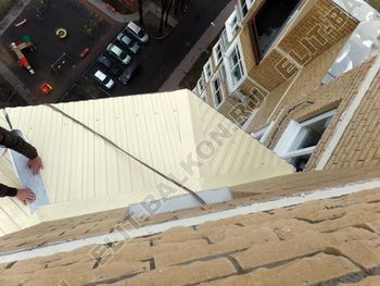 osteklenie balkona PVH s kryshej 53 387x291 - Фото остекления балкона № 47