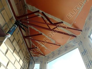 osteklenie balkona PVH s kryshej 60 387x291 - Фото остекления балкона № 47