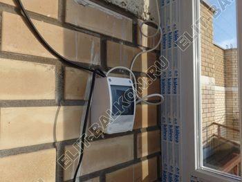 osteklenie balkona PVH s kryshej 62 387x291 - Фото остекления балкона № 47