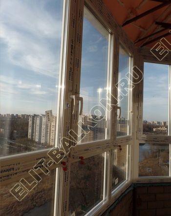 osteklenie balkona PVH s kryshej 72 387x291 - Фото остекления балкона № 47