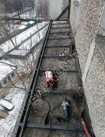 osteklenie lodzhii PVH ot pola do potolka s ukrepleniem plity 7 387x291 - Фото остекления балкона № 48