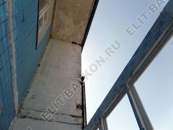 osteklenie lodzhii PVH s kryshej i vnutrennej otdelkoj 2 387x291 - Фото остекления балкона № 51