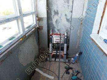 osteklenie lodzhii PVH s kryshej i vnutrennej otdelkoj 4 387x291 - Фото остекления балкона № 51
