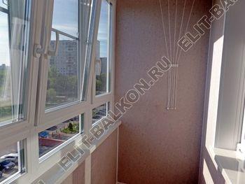 osteklenie lodzhii PVH s kryshej i vnutrennej otdelkoj 5 387x291 - Фото остекления балкона № 51