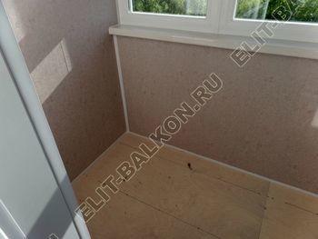 osteklenie lodzhii PVH s kryshej i vnutrennej otdelkoj 6 387x291 - Фото остекления балкона № 51