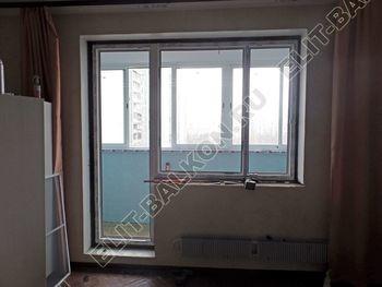 ustanovka balkonnogo bloka na balkone 3 387x291 - Фото остекления балкона № 55