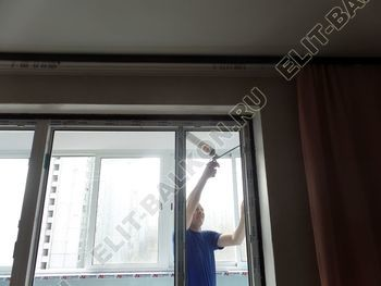 ustanovka balkonnogo bloka na balkone 4 387x291 - Фото остекления балкона № 55
