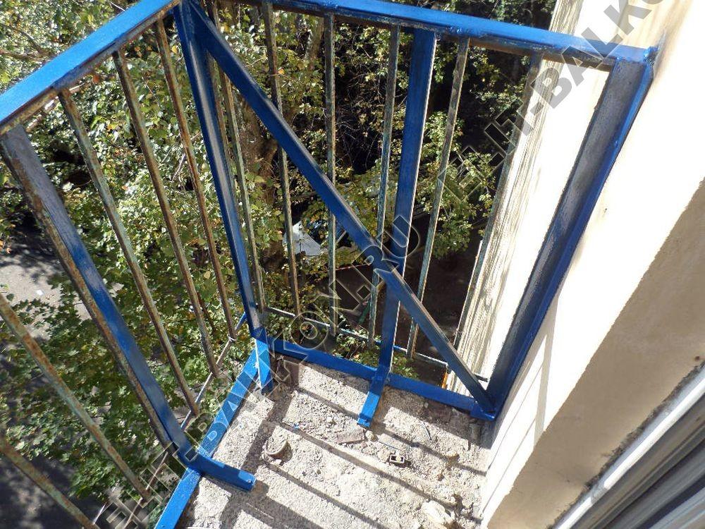 Цена за работу при ремонте балкона