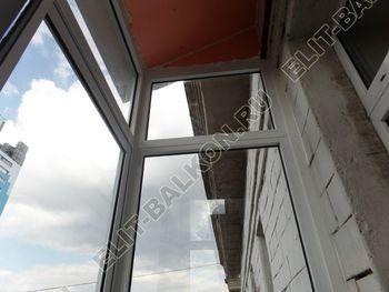 osteklenie balkona legkoj aljuminievoj konstruktsiej montazh kryshi 8 387x291 - Фото остекления балкона № 58