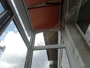 osteklenie balkona legkoj aljuminievoj konstruktsiej montazh kryshi 9 387x291 - Фото остекления балкона № 58
