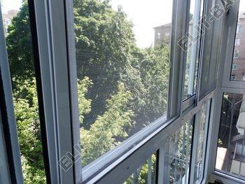 osteklenie balkona s rigeljami aljuminiem 10 387x291 - Фото остекления балкона № 57