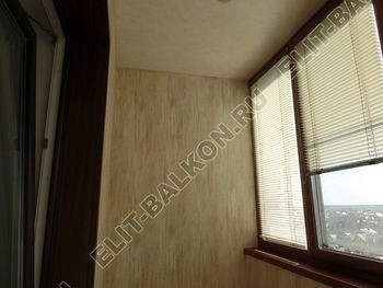 otdelka teplogo balkona osteklenie PVH s laminatsiej 11 387x291 - Фото остекления балкона № 60