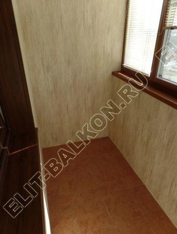 otdelka teplogo balkona osteklenie PVH s laminatsiej 15 387x291 - Фото остекления балкона № 60