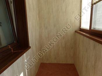 otdelka teplogo balkona osteklenie PVH s laminatsiej 23 387x291 - Фото остекления балкона № 60
