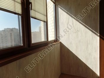 otdelka teplogo balkona osteklenie PVH s laminatsiej 35 387x291 - Фото остекления балкона № 60