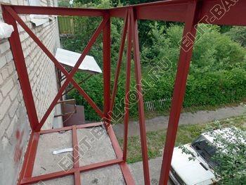 ukreplenie balkona vneshnjaja otdelka montazh novoj kryshi 22 387x291 - Фото остекления балкона № 59