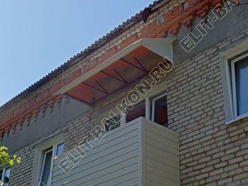 ukreplenie balkona vneshnjaja otdelka montazh novoj kryshi 26 387x291 - Фото остекления балкона № 59