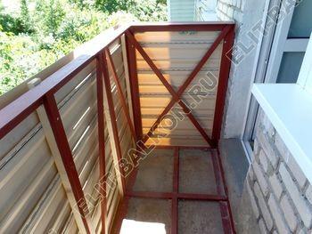 ukreplenie balkona vneshnjaja otdelka montazh novoj kryshi 30 387x291 - Фото остекления балкона № 59