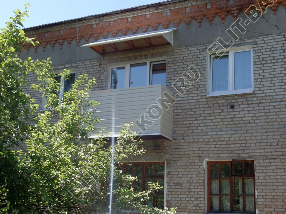 ukreplenie balkona vneshnjaja otdelka montazh novoj kryshi 34 - Ремонт балконов под ключ