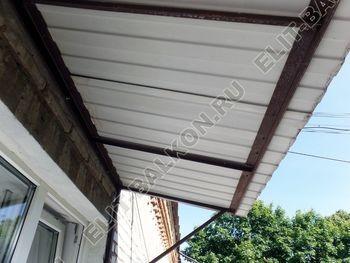 ukreplenie balkona vneshnjaja otdelka montazh novoj kryshi 4 387x291 - Фото остекления балкона № 59