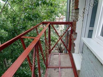 ukreplenie balkonnoj plity montazh novogo parapeta s vynosom 3 387x291 - Укрепление балконной плиты и парапета. Фото одного балкона. Каширское шоссе, дом 50
