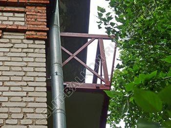 ukreplenie balkonnoj plity montazh novogo parapeta s vynosom 9 387x291 - Укрепление балконной плиты и парапета. Фото одного балкона. Каширское шоссе, дом 50