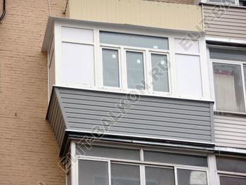 osteklenie balkona PVH s vynosom ukreplenie parapeta 20 387x291 - Фото остекления балкона № 72