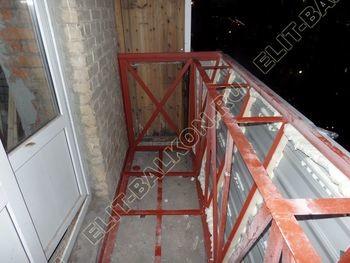 osteklenie balkona PVH s vynosom ukreplenie parapeta 5 387x291 - Фото остекления балкона № 72