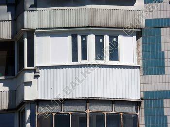 osteklenie lodzhii PVH montazh novogo parapeta 13 387x291 - Фото остекления балкона № 63