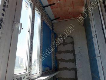 osteklenie lodzhii PVH montazh novogo parapeta 14 387x291 - Фото остекления балкона № 63