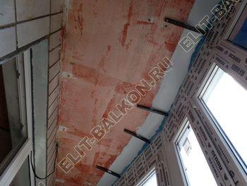 osteklenie lodzhii PVH montazh novogo parapeta 17 387x291 - Фото остекления балкона № 63