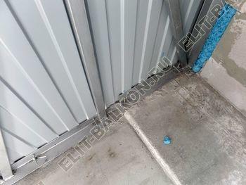 osteklenie lodzhii PVH montazh novogo parapeta 18 387x291 - Фото остекления балкона № 63