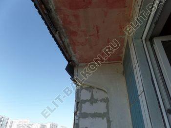 osteklenie lodzhii PVH montazh novogo parapeta 2 387x291 - Фото остекления балкона № 63