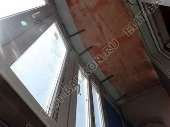 osteklenie lodzhii PVH montazh novogo parapeta 8 387x291 - Фото остекления балкона № 63