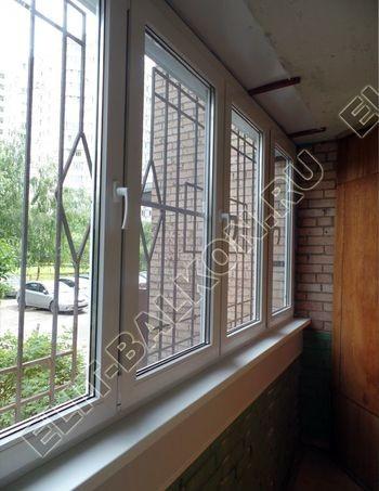 osteklenie lodzhii na pervom etazhe 29 387x291 - Фото остекления балкона № 66