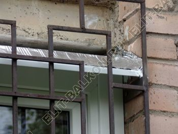 osteklenie lodzhii na pervom etazhe 37 387x291 - Фото остекления балкона № 66