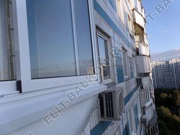 osteklenie lodzhii s vynosom aljuminiem vnutrennjaja otdelka 5 387x291 - Фото остекления балкона № 61