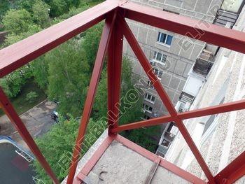 ukreplenie balkona vneshnjaja otdelka balkona 15 387x291 - Фото остекления балкона № 65