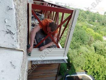ukreplenie balkona vneshnjaja otdelka balkona 20 387x291 - Фото остекления балкона № 65