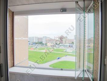 bezramnoe osteklenie balkona 1 1 387x291 - Фото остекления балкона № 74