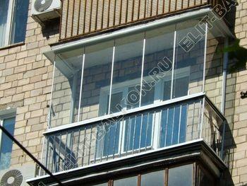 bezramnoe osteklenie balkona v stalinskom dome 3 387x291 - Безрамное остекление балконов