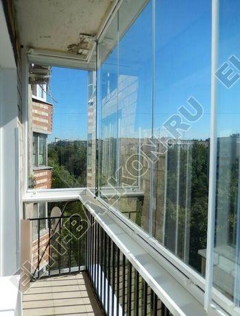 bezramnoe osteklenie balkona v stalinskom dome 4 387x291 - Безрамное остекление балконов