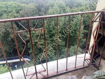 kovannyj parapet na balkone 0 387x291 - Фото кованного парапета балкона № 80