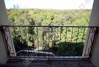 kovannyj parapet na balkone 1 387x291 - Фото кованного парапета балкона № 80