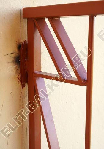 kovannyj parapet na balkone 13 387x291 - Фото кованного парапета балкона № 80