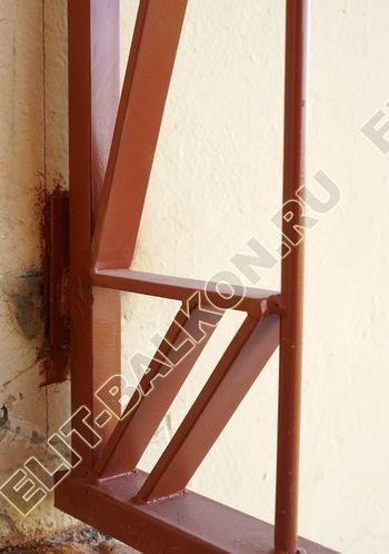 kovannyj parapet na balkone 14 387x291 - Фото кованного парапета балкона № 80