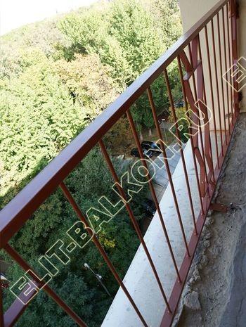 kovannyj parapet na balkone 3 387x291 - Фото кованного парапета балкона № 80